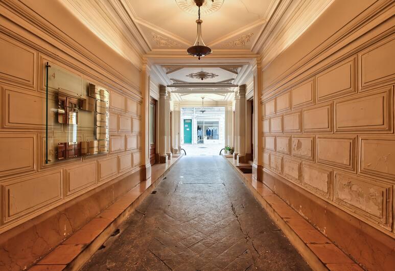 63 - Luxury Flat Champs-Élysées 1C, Paris, Interior Entrance
