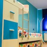 Departamento, 2 habitaciones - Habitación decorada para niños