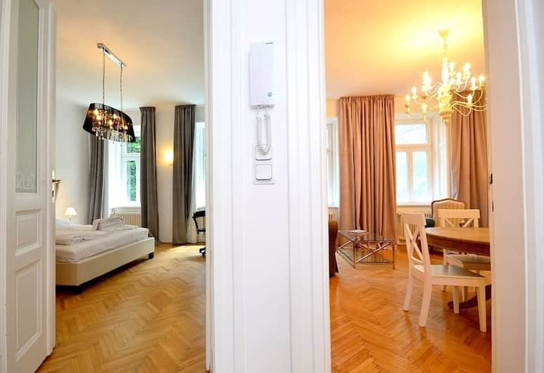 Vienna Residence Great Home for 4 People Near the Famous Schloss Schoenbrunn, Vienna