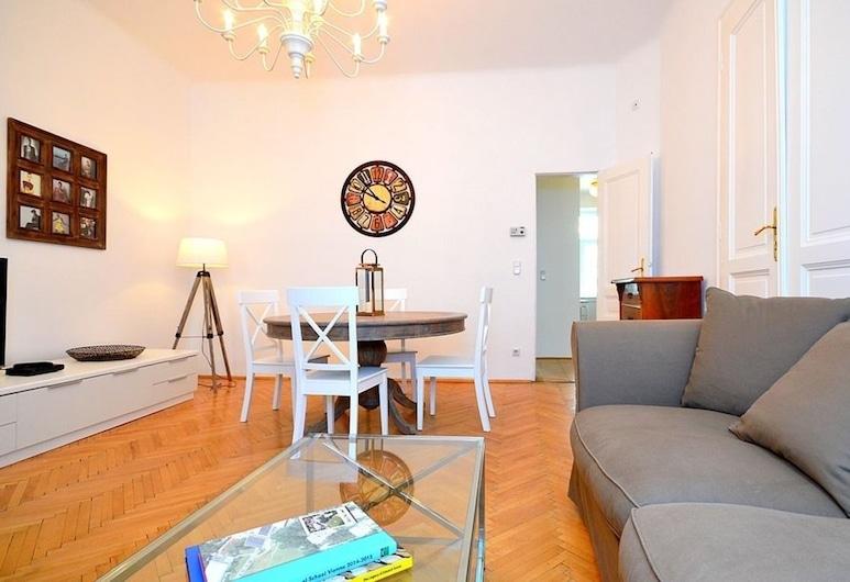 Vienna Residence Great Home for 4 People Near the Famous Schloss Schoenbrunn, Viena, Área de estar