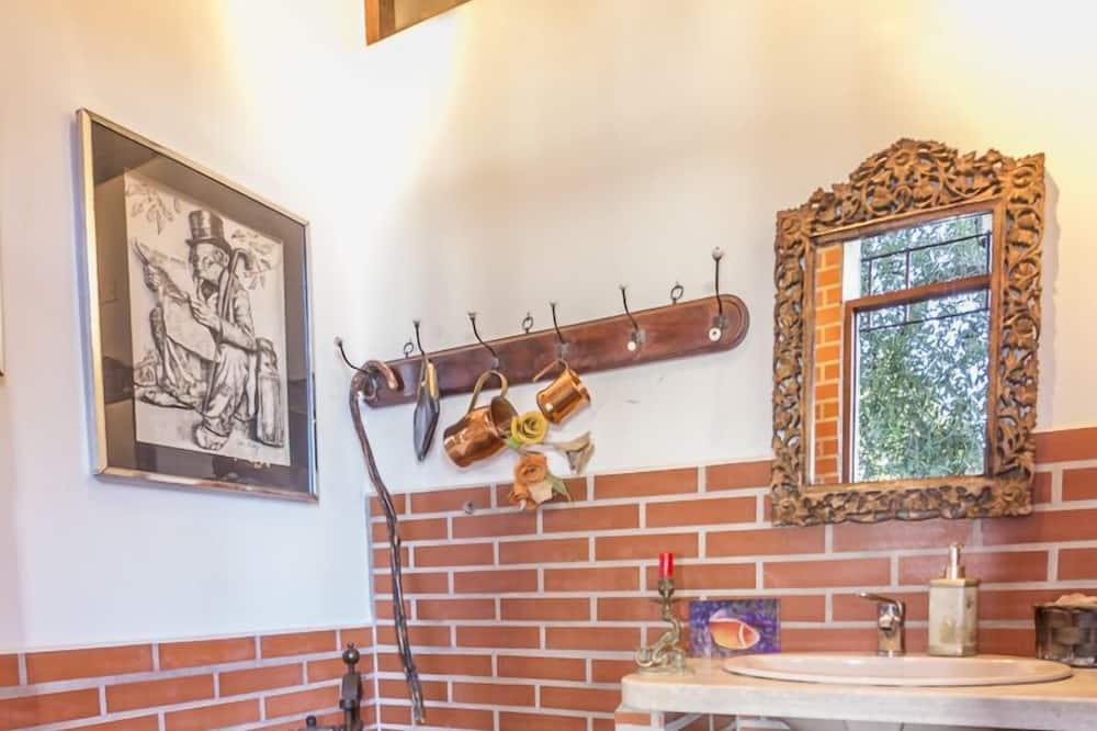 Apartamento estándar, 1 cama de matrimonio, mirando al jardín - Cuarto de baño