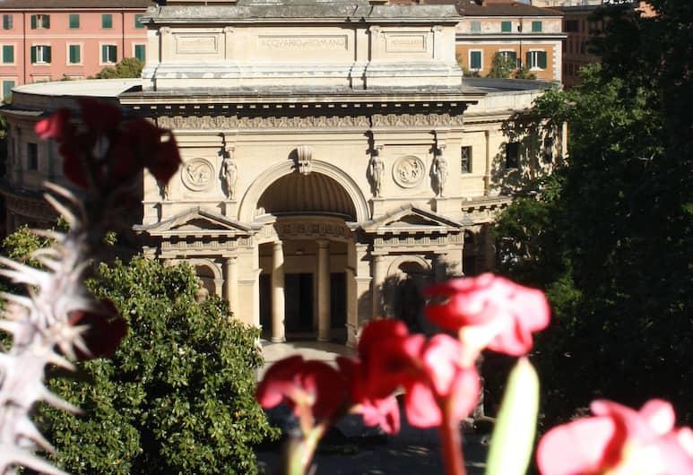 Fanti Rooms, Roma, Otelden görünüm