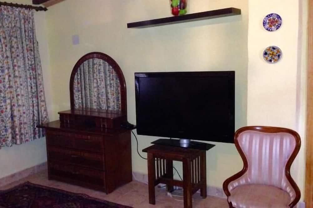 Værelse med 2 enkeltsenge - TV