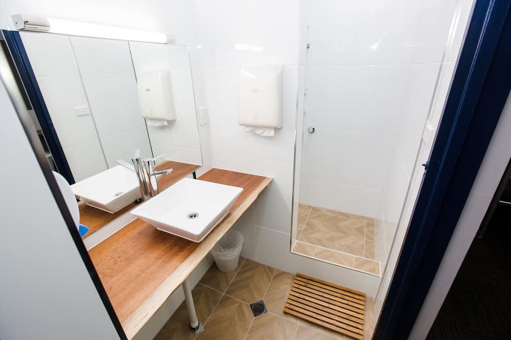 Double Room, 1 Double Bed, Shared Bathroom - Bathroom