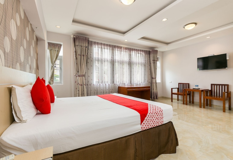 Bin Bin Hotel 3 - Near SC Vivo City D7, Ho Chi Minh City, Deluxe Suite, Guest Room