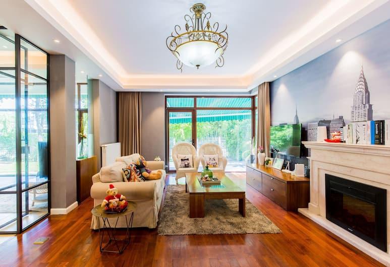 Carnival Villa with 5 BRs, Shanghai, Villa, 5 Bedrooms, Living Room