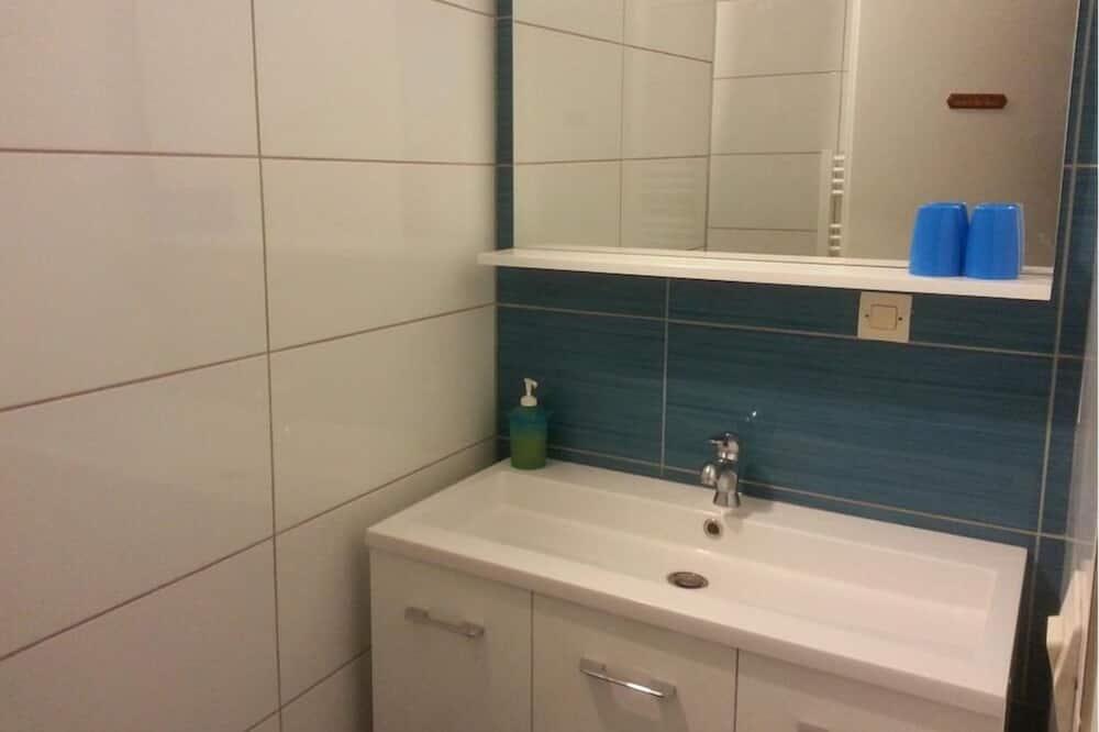 Double Room (Verte) - Bilik mandi