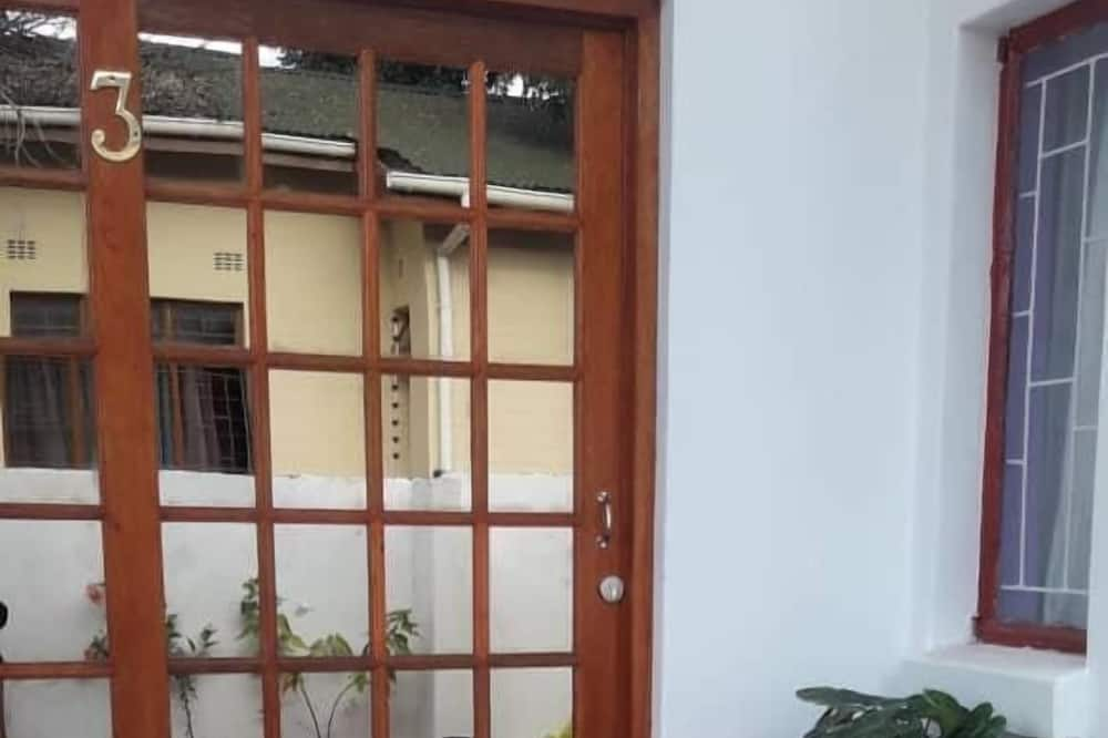 Amogelang Guest House
