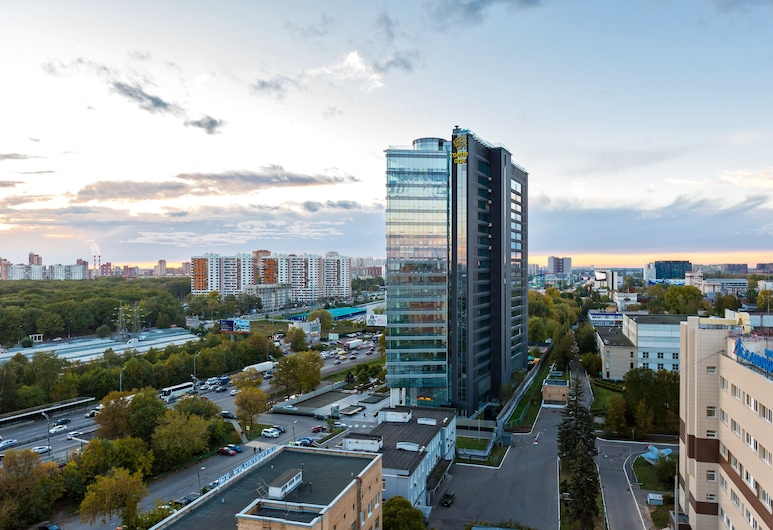 Laspace, Khimki, Deluxe Apartment, 1 King Bed, Kitchenette, View from room