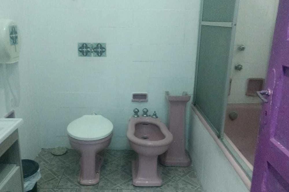 Classic Ortak Ranzalı Oda, Şehir Manzaralı - Banyo