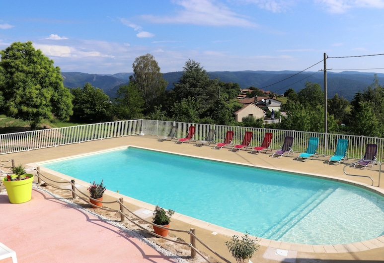 House With 3 Bedrooms in Gravières, With Wonderful Mountain View, Shared Pool, Furnished Garden, Gravières