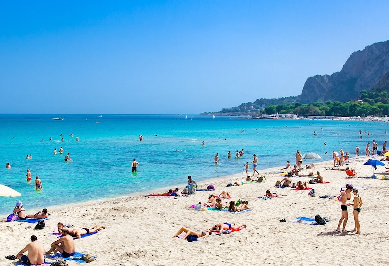 Home Beach Mondello Galatea, Palermo, Plaj