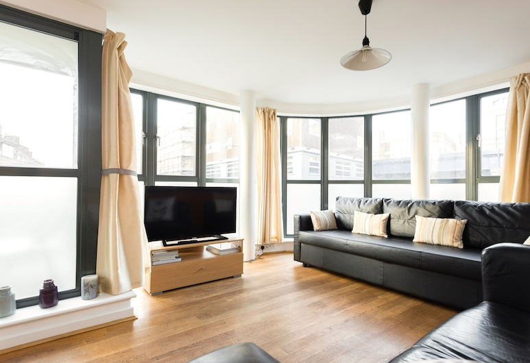 Platinum Apartments in Southwark 9992, London, Apartment, 2 Bedrooms, Non Smoking, Living Room