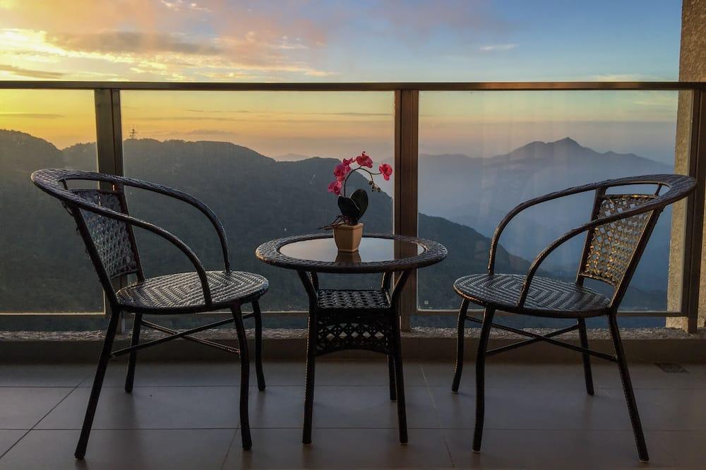 Luxury Apartment, 1 Bedroom, Non Smoking - Balcony