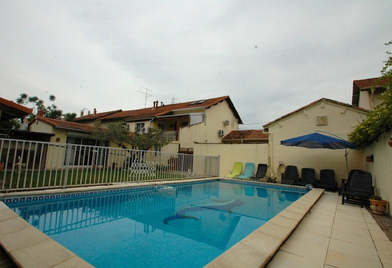 Dianoux Apartment 4, Avignon, Basen odkryty