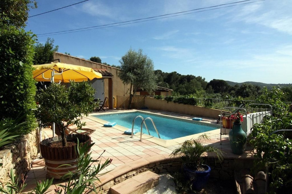 moulin location maison vacances avec piscine chauffe vnejan gorge de l ardche