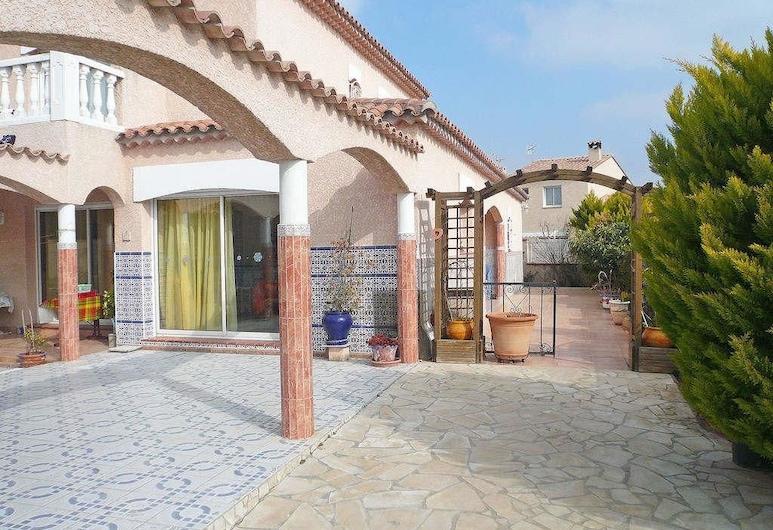 Paolille - Maison moderne avec grande piscine à la périphérie de Perpignan Apartment 3, Perpignan, Huoneisto, Ulkoalueet