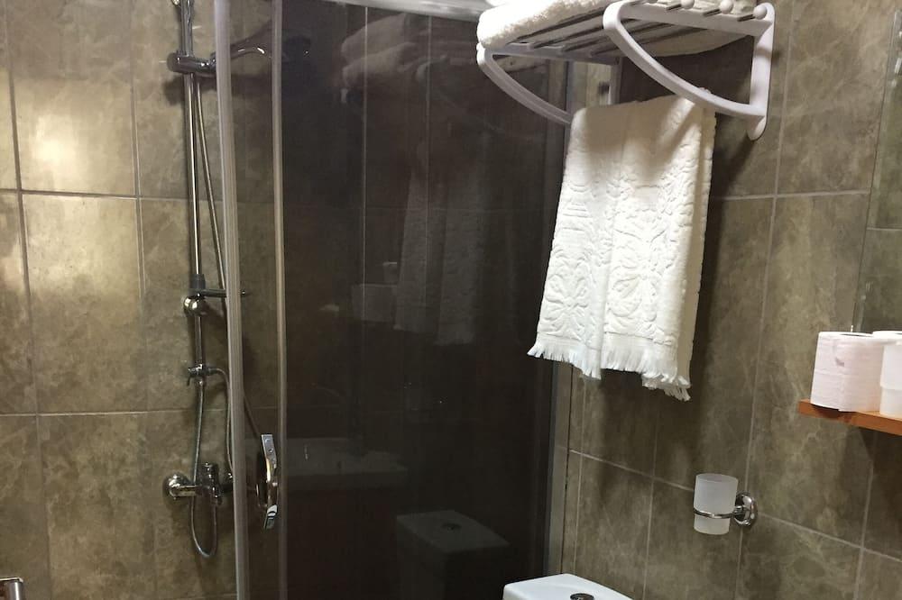 Basic Single Room - Bathroom