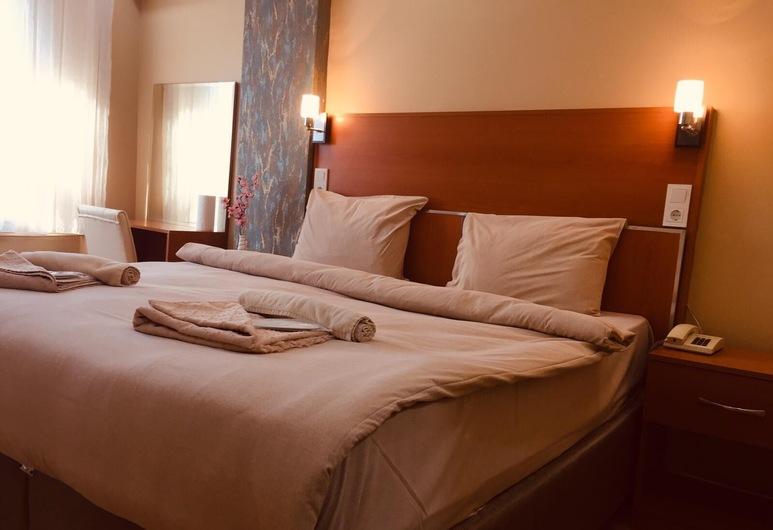 ウルバト ホテル, イスタンブール, エリート トリプルルーム, 部屋