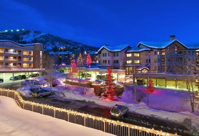 Chateau Chamonix - Cx114 Condominium, Steamboat Springs, Apartment, Mehrere Betten (Chateau Chamonix - CX114 Condominium), Fassade der Unterkunft – Abend/Nacht