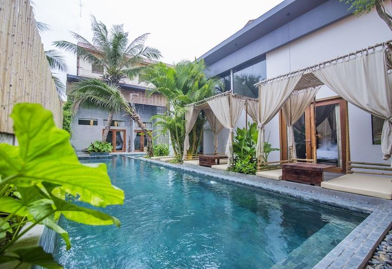 Sarina Hotel & Villa, פנום פן