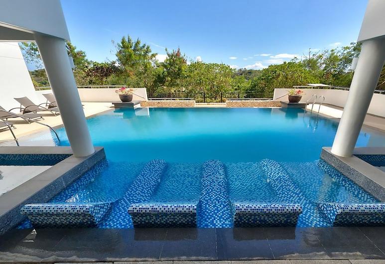 Gerbi's Condoplace at Oceanway Residences Boracay, Boracay Island, Outdoor Pool