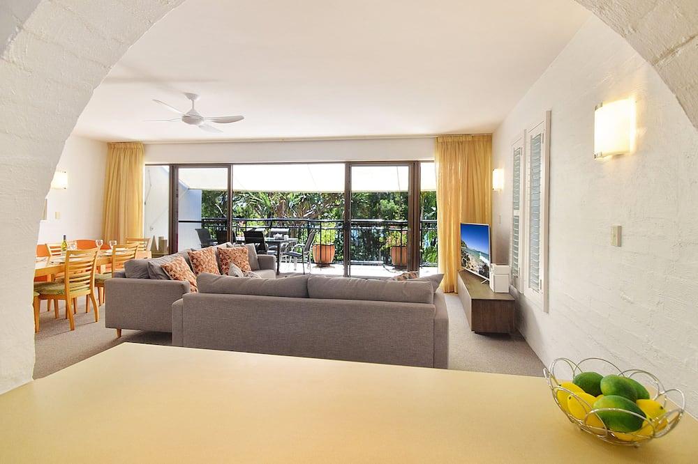Apart Daire, 2 Yatak Odası, Bahçe Manzaralı - Oturma Alanı