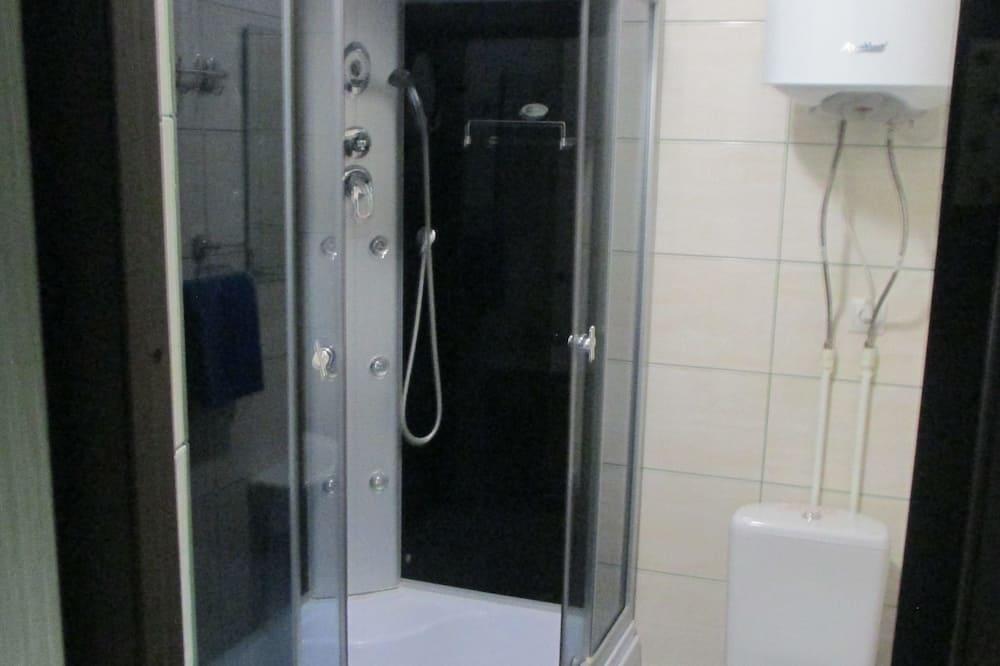 Superior Double Room, 1 Bedroom - Bathroom