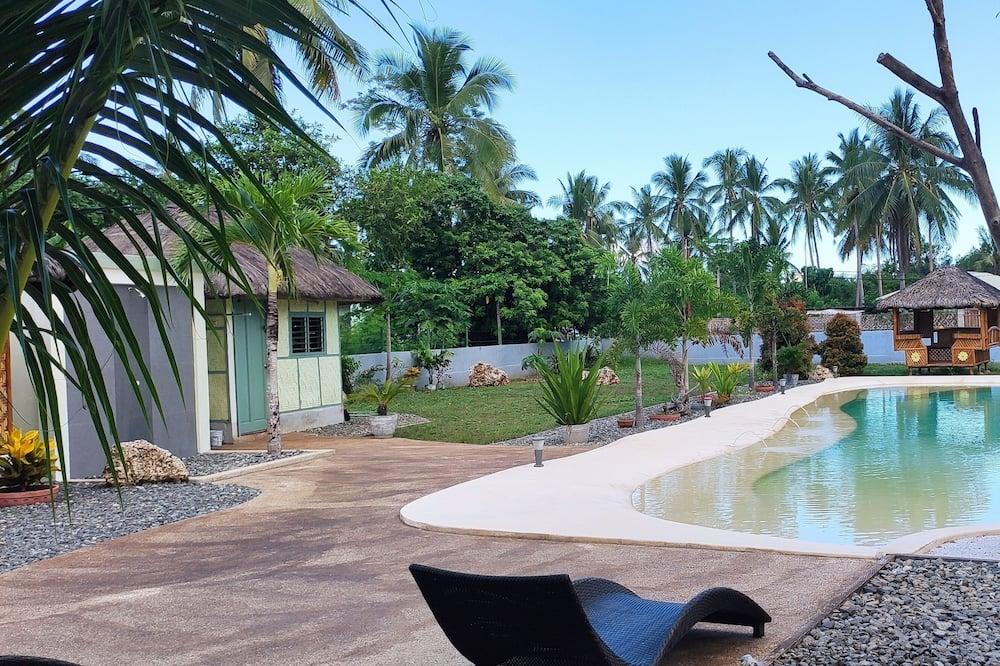 Природный бассейн