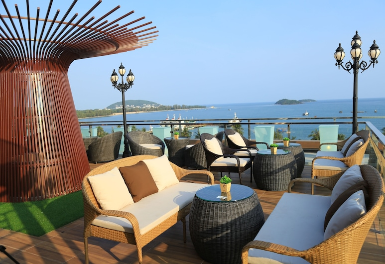 Phung Hung Boutique Hotel, Phu Quoc, Utendørsservering