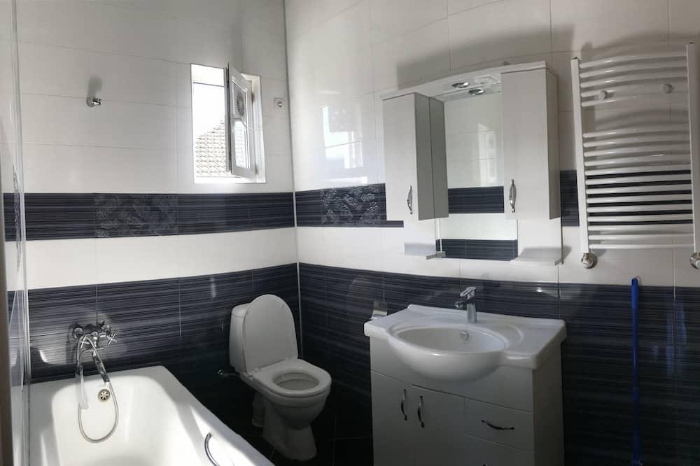 雙人房, 1 張特大雙人床, 城市景, 花園 - 浴室