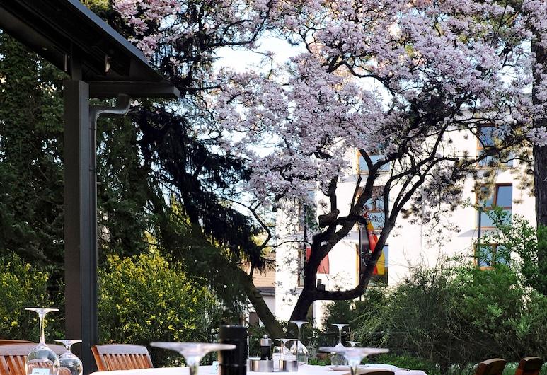 Scarpati Hotel, Wuppertal, Restaurante al aire libre
