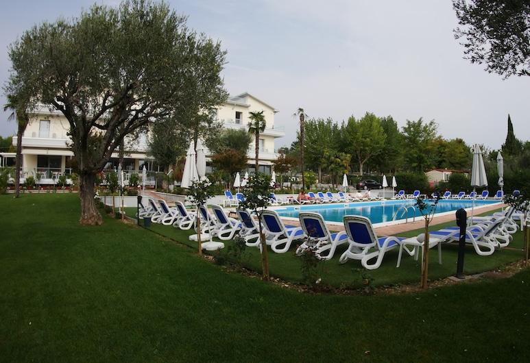 Villa Paradiso Suite, Moniga del Garda, Piscine en plein air