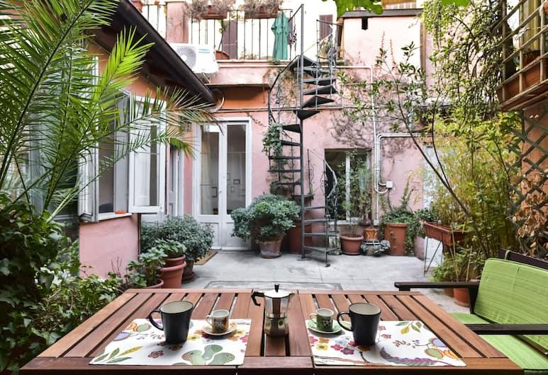 Monti Secret Garden Apartment, Roma, Appartamento, terrazzo, Terrazza/Patio