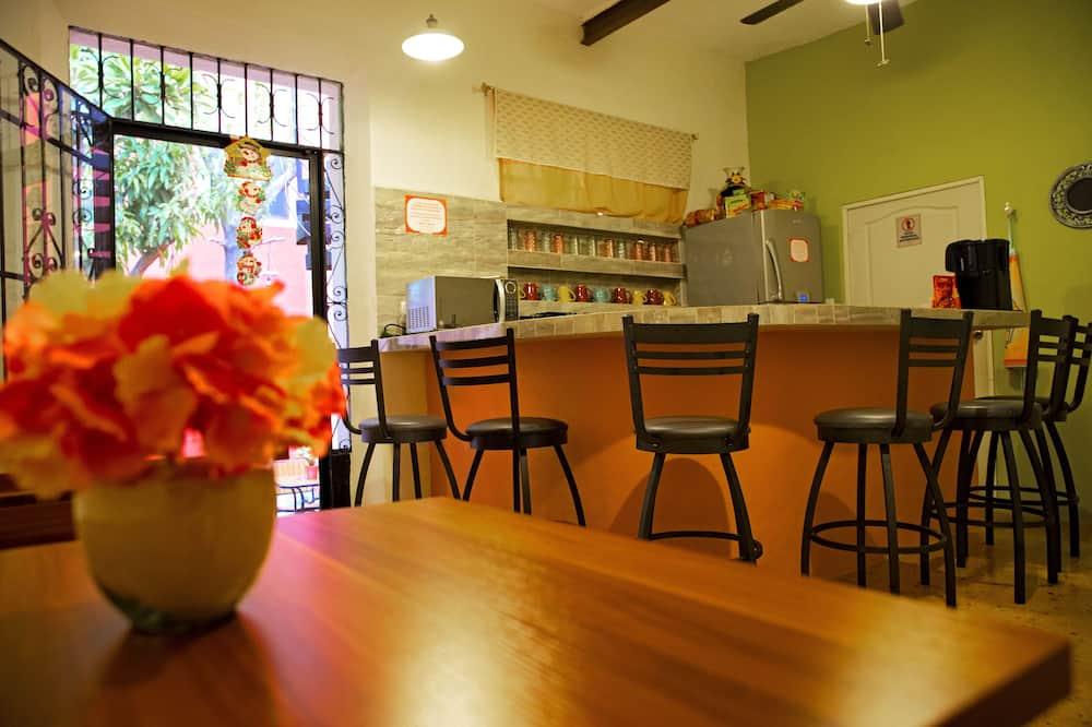 Habitación Deluxe Cama Extra Grande - Kopīga virtuve