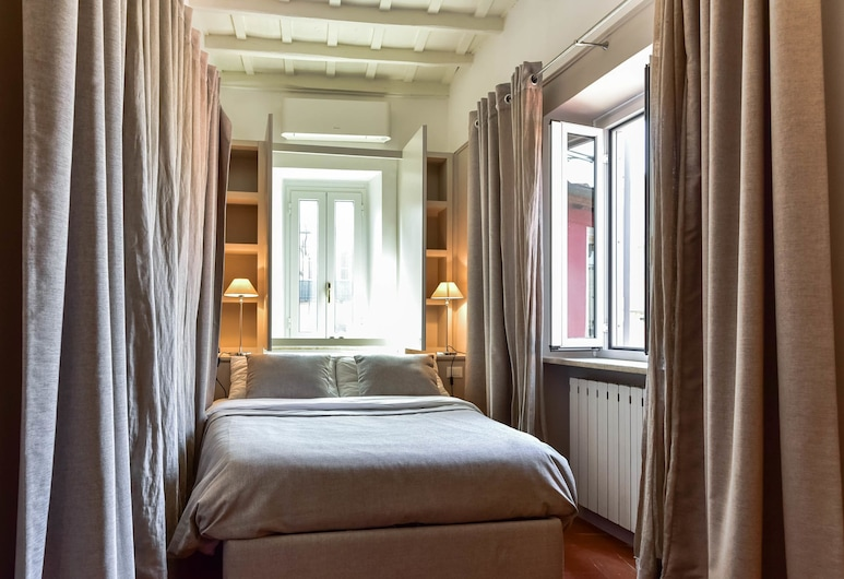 Navona Charming Apartment, Rome, Apartment, 1 Bedroom, Room