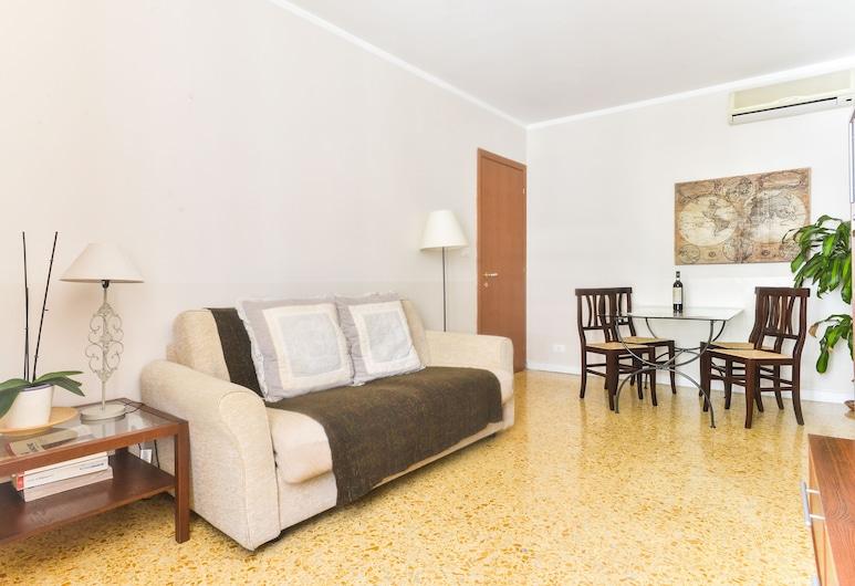Pantheon Cozy Apartment n. 4, Rom, Apartment, 2Schlafzimmer, Wohnbereich