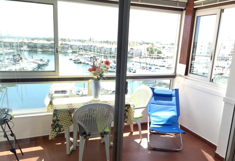 Studio in Cap D'agde, With Wonderful sea View and Furnished Balcony - 400 m From the Beach, Agde, Balkong