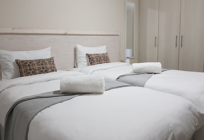 Seboa's Guesthouse, Swakopmund, Basic Room, 2 Twin Beds, Guest Room