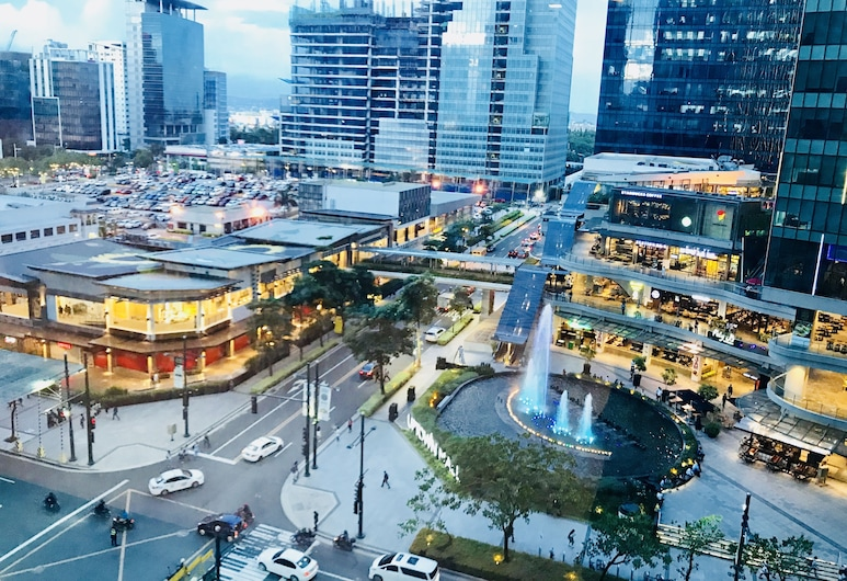 One Uptown Residence BGC, Taguig, Terassi/patio