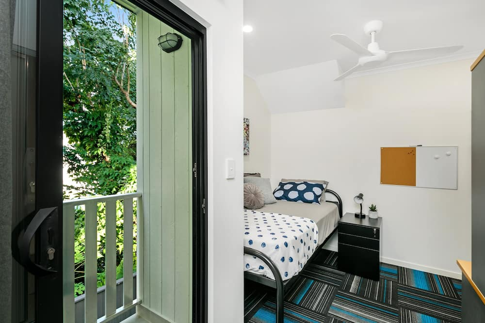 Standard Oda - Bahçe Manzaralı