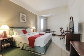 Enter your dates for our Jakarta last minute prices