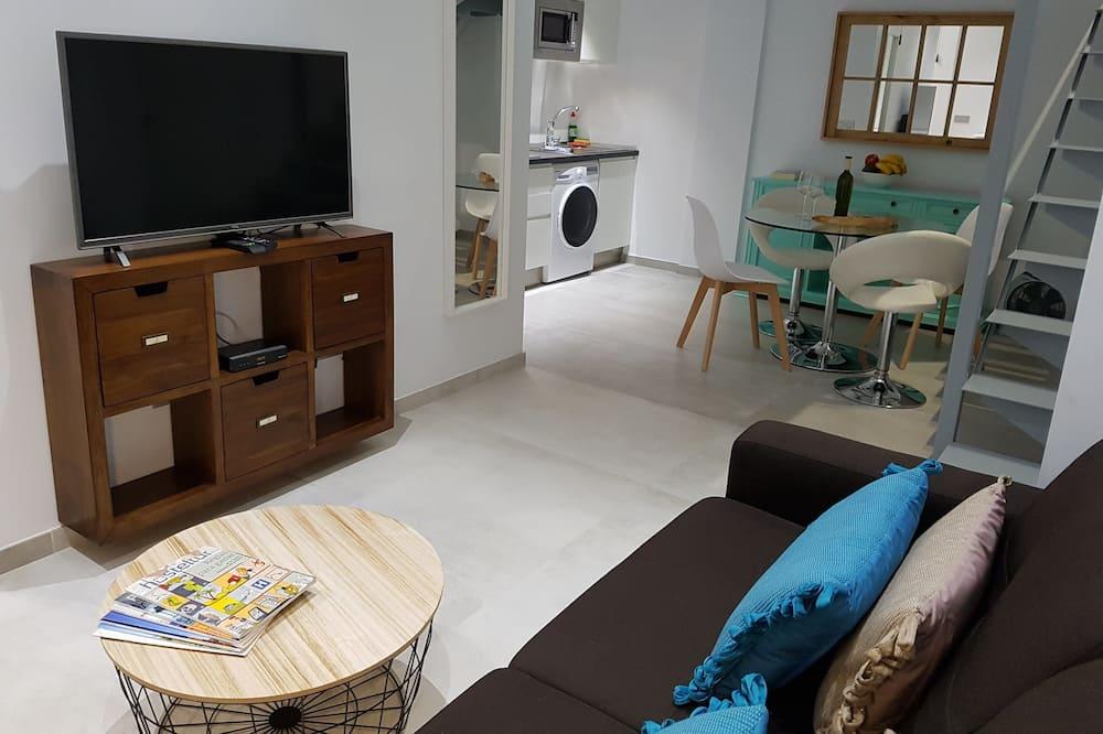 Dvojposchodový apartmán, 1 spálňa - Obývačka