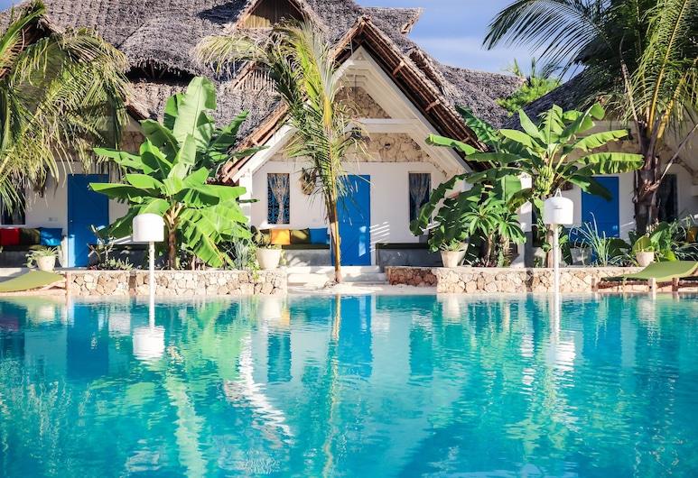 Fun Beach Hotel, Jambiani, Bungalow with Front Pool View, Vistas desde la habitación