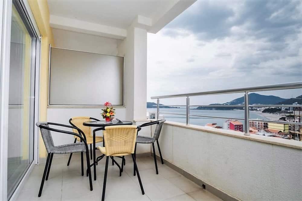 Apartment, 2 Bedrooms (9) - Balkon