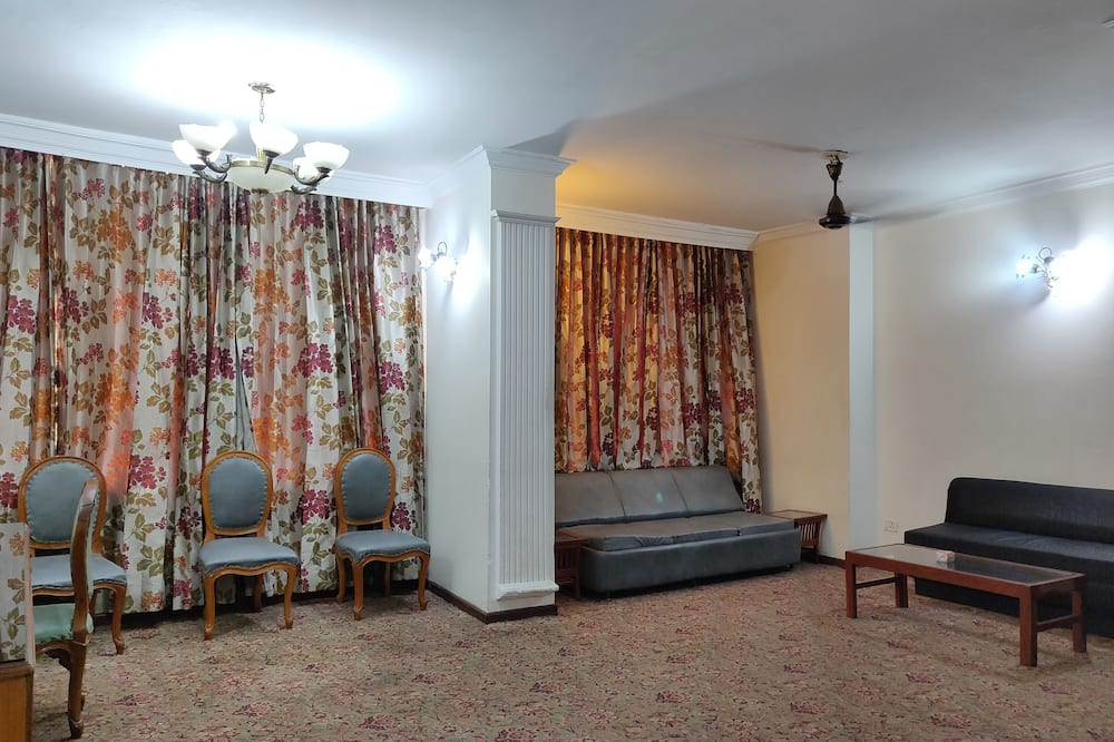Superior Double Room - In-Room Dining