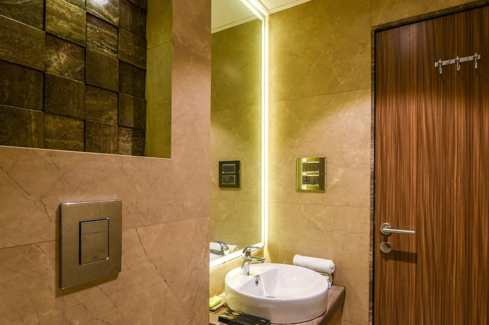 Двомісний номер категорії «Superior», 1 спальня - Ванна кімната