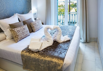 Picture of Betis 7 Luxury Boutique Apartments in Seville