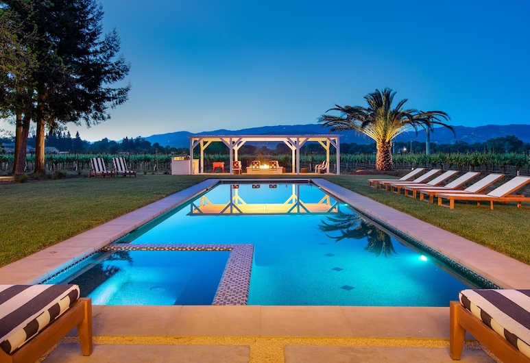 Luxe 3br W/ 1br - Hot Tub, Pool, Ping Pong 4 Bedroom Home, Sonoma, Piscina all'aperto