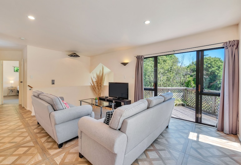 Ponsonby Holiday Home Just Minutes From The City, Auckland, House, 3 Bedrooms, Living Area